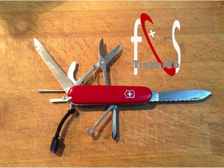 Quel(s) couteau(x) Suisse avec vous - Page 2 Comp_211