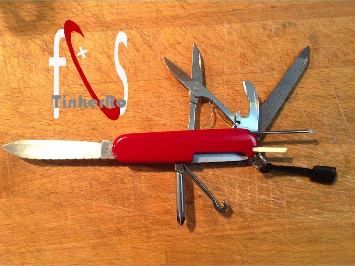 Quel(s) couteau(x) Suisse avec vous - Page 2 Comp_212