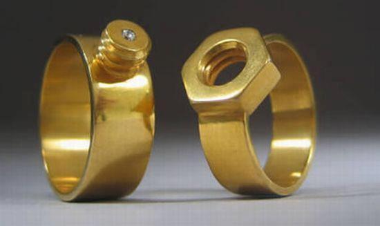 Pour les couples de bricoleurs qui se marient bientôt... Bagues10