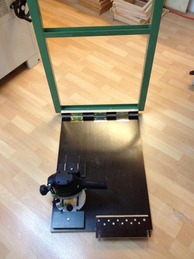 Défonçeuse sous table pour combinée bois. Img_3313