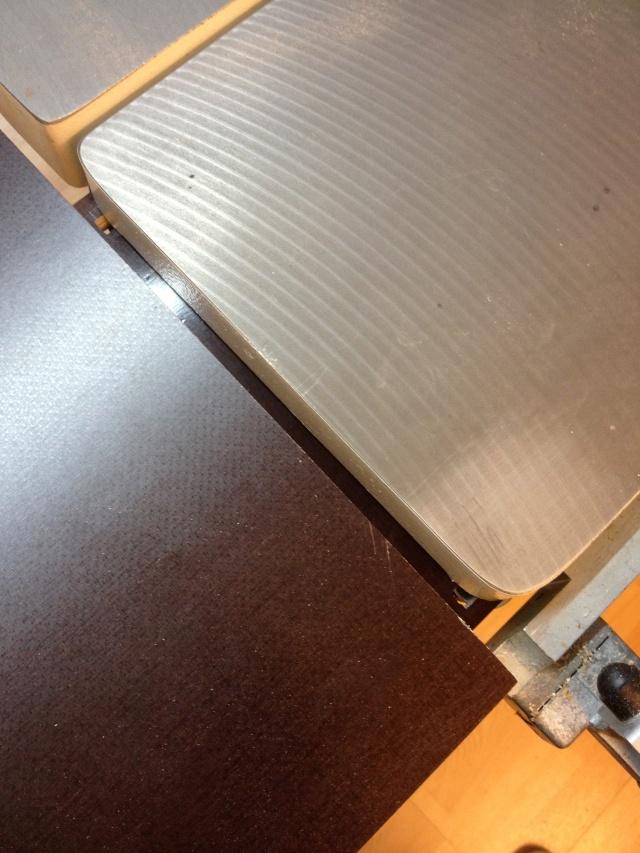 Défonçeuse sous table pour combinée bois. Img_3314