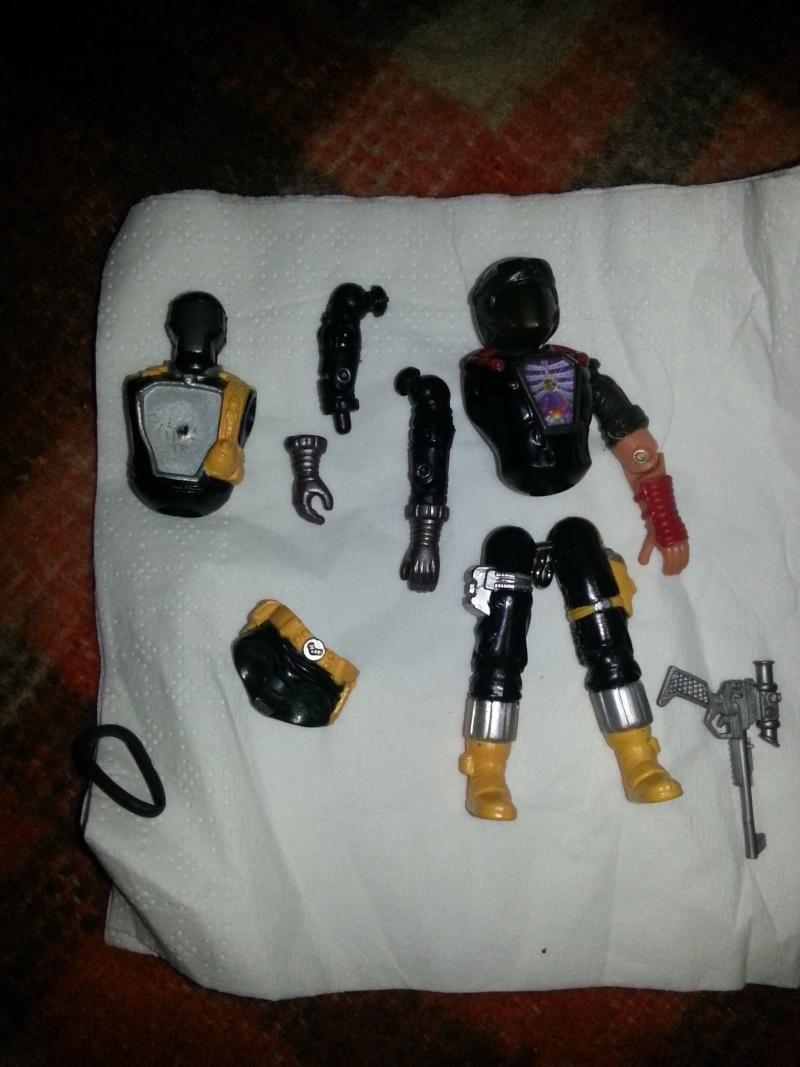 un an ,un  forum,un ami ,mon custom de Cobra space pirat ........merci ridy :) 20121110