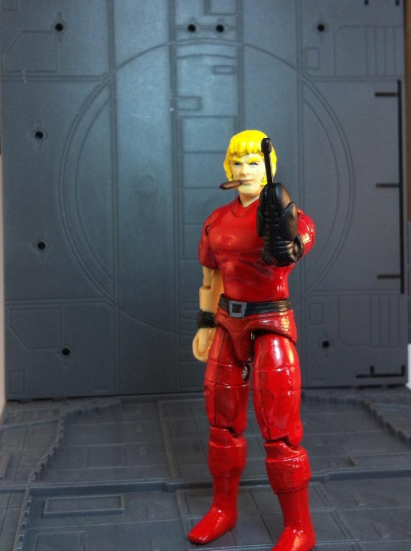 un an ,un  forum,un ami ,mon custom de Cobra space pirat ........merci ridy :) Img_4410