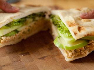 Sandwich aux oeufs,pain naan Rec28510