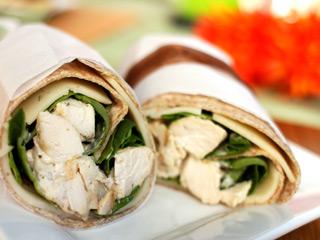 Wrap à la salade de poulet et au havarti Rec40210