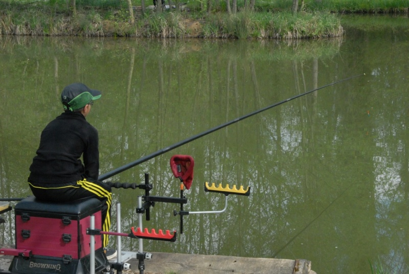 initiation pêche -18 ans à  Bussiare - Page 2 Dsc_0138