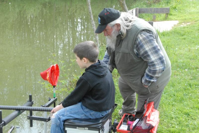 initiation pêche -18 ans à  Bussiare - Page 2 Dsc_0139