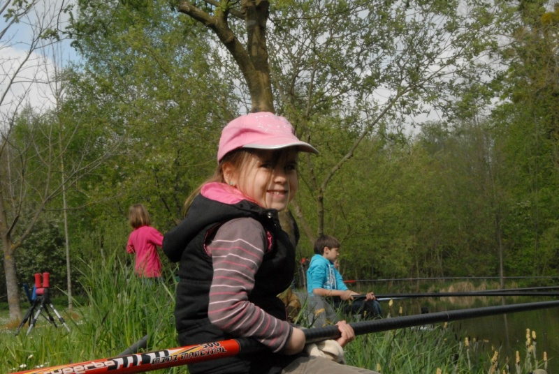 initiation pêche -18 ans à  Bussiare - Page 2 Dsc_0142