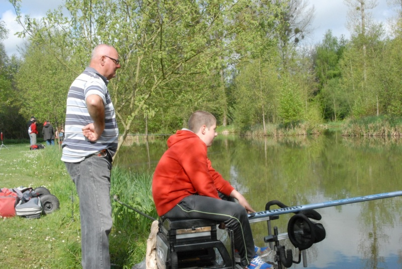 initiation pêche -18 ans à  Bussiare - Page 2 Dsc_0143