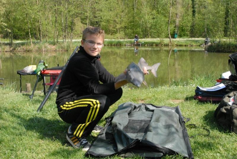 initiation pêche -18 ans à  Bussiare - Page 2 Dsc_0238