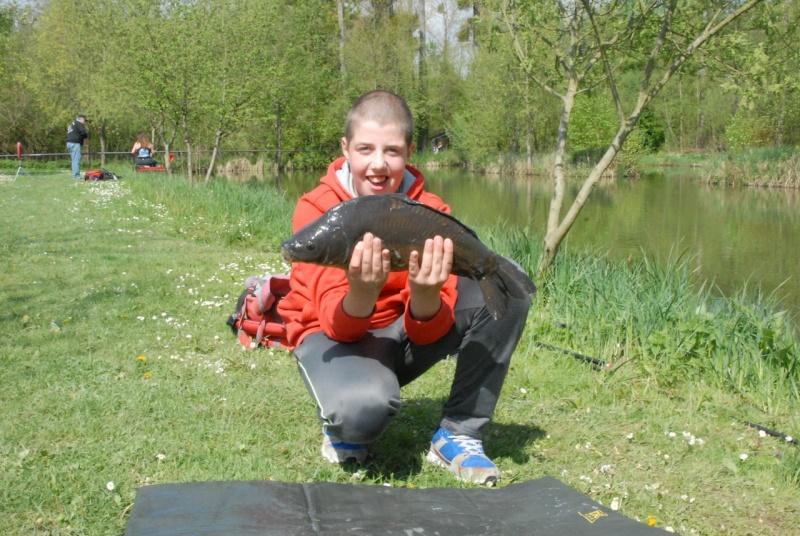 initiation pêche -18 ans à  Bussiare - Page 2 Dsc_0327