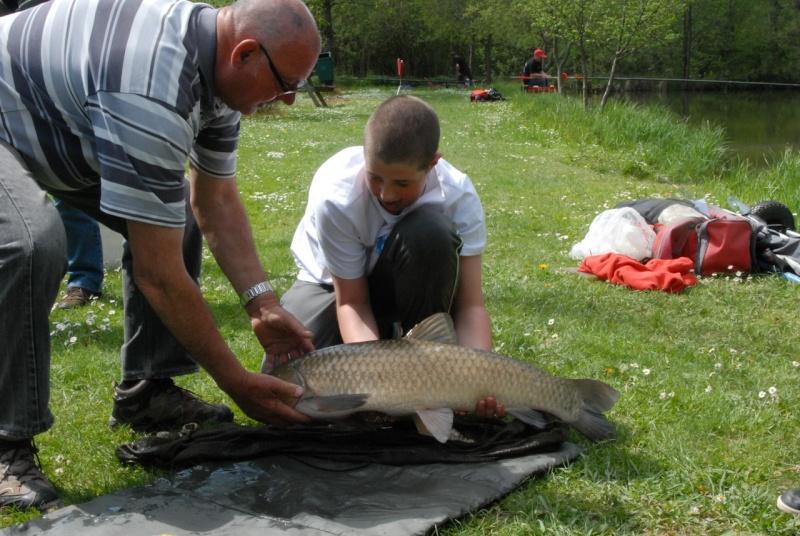 initiation pêche -18 ans à  Bussiare - Page 2 Dsc_0431