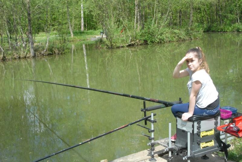 initiation pêche -18 ans à  Bussiare - Page 2 Dsc_0434