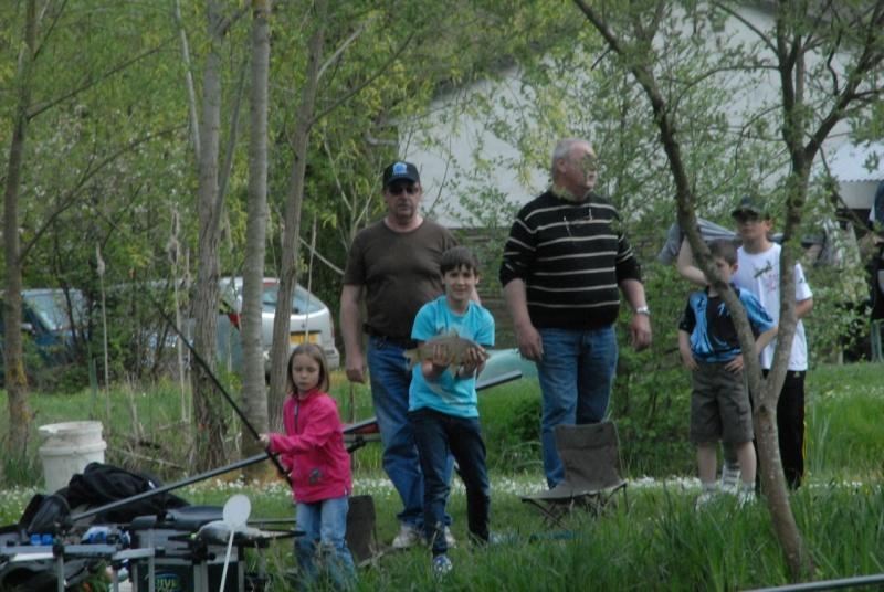 initiation pêche -18 ans à  Bussiare - Page 2 Dsc_0435