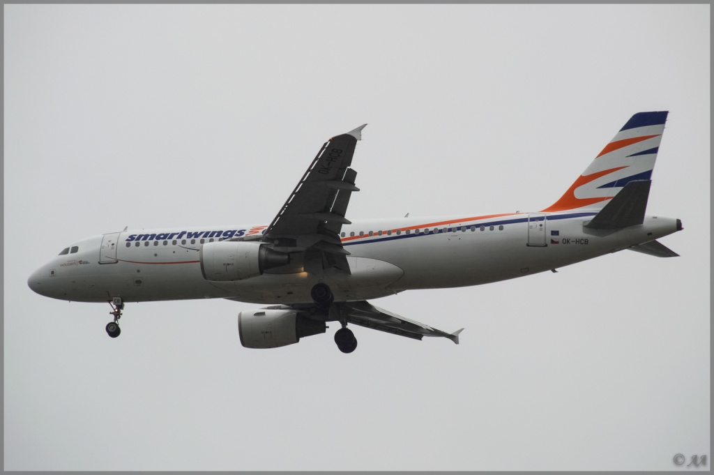 [20/05/2013] A320 (OK-HCB) Smart Wings _dsc7912