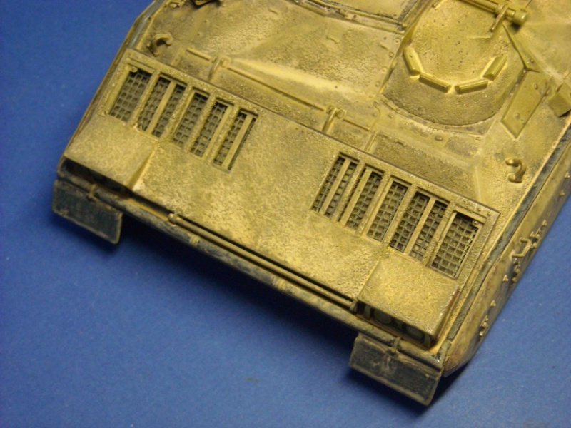 Bradley M-2 avec intérieur complet (TAMIYA 1/35°) Dscn4311