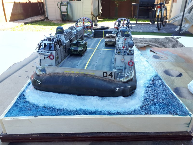 LCAC - Trumpeter - 1/72 - Page 2 20200532