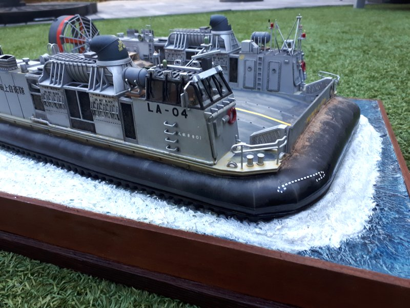 LCAC - Trumpeter - 1/72 - Page 2 20200533
