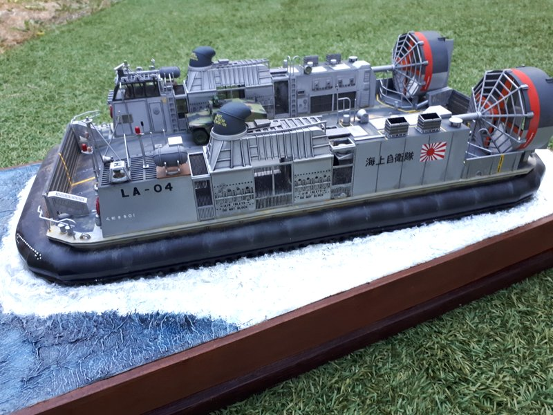LCAC - Trumpeter - 1/72 - Page 2 20200534