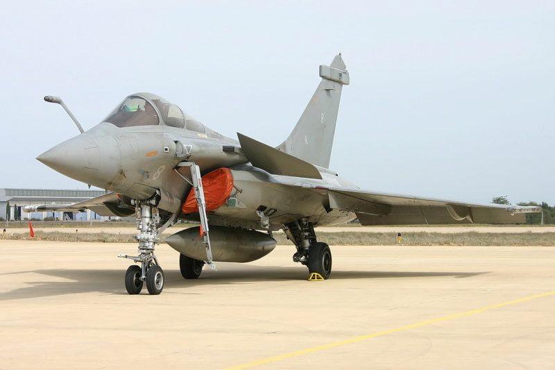 Rafale C 1/48 Revell - Page 7 Img_2110