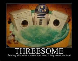 C-3P0 vs THE DEATH STAR DROID? Thcaoy10