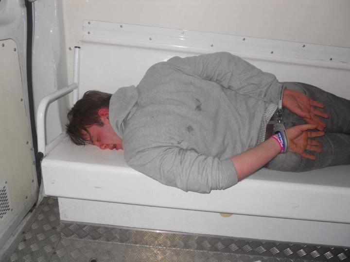 Photo: il s'agit du jeune Nicolas, devenu prisonnier politique Nicola10