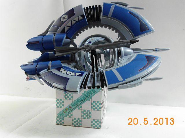 Revell Droid Tri-Fighter Easykit 416