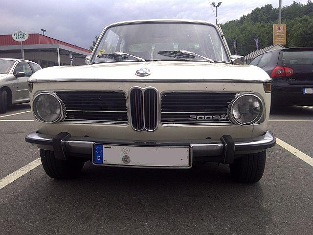"BMW 2002 TI Automatik - auf dem Parkplatz ""schnappgeschossen""  420"