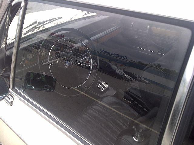 "BMW 2002 TI Automatik - auf dem Parkplatz ""schnappgeschossen""  521"
