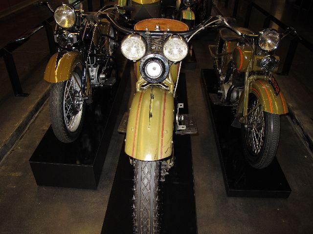 Harley Davidson Museum Milwaukee/USA - 2010 Hd-mus18