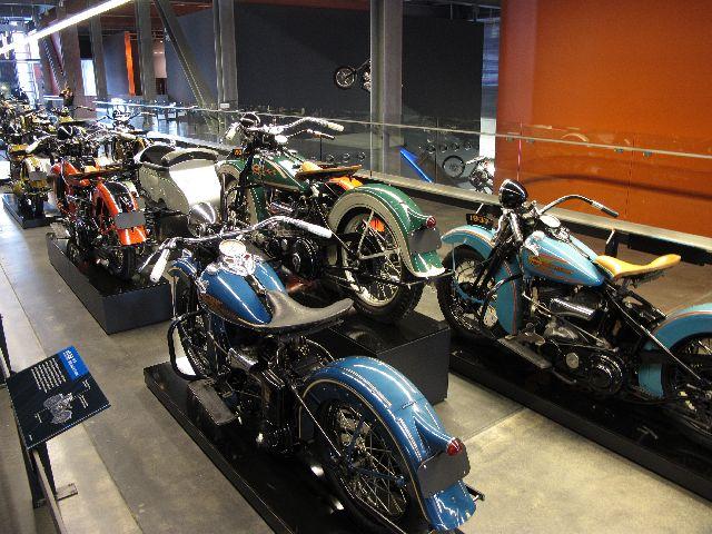 Harley Davidson Museum Milwaukee/USA - 2010 Hd-mus20