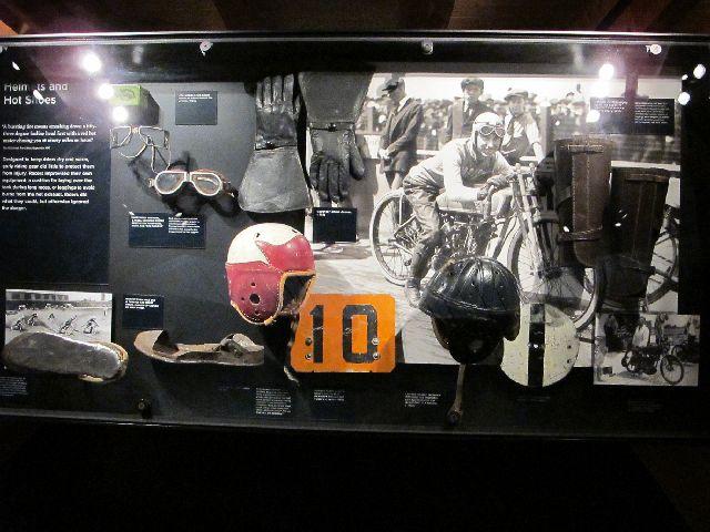 Harley Davidson Museum Milwaukee/USA - 2010 Hd-mus33