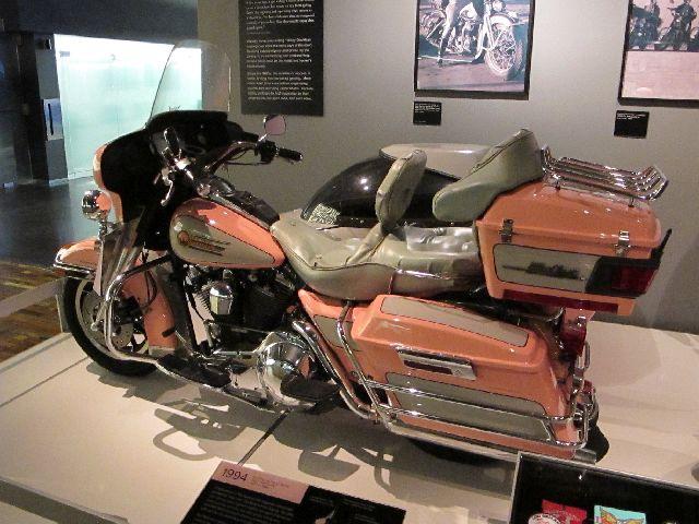 Harley Davidson Museum Milwaukee/USA - 2010 Hd-mus47