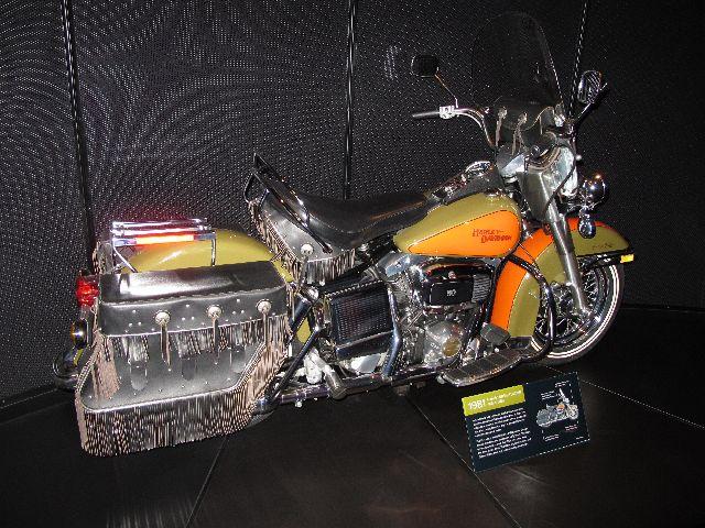 Harley Davidson Museum Milwaukee/USA - 2010 Hd-mus51