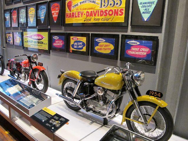 Harley Davidson Museum Milwaukee/USA - 2010 Hd-mus59