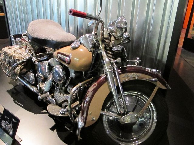 Harley Davidson Museum Milwaukee/USA - 2010 Hd-mus60