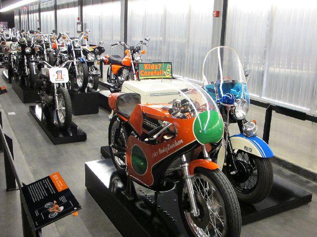 Harley Davidson Museum Milwaukee/USA - 2010 Hd-mus80