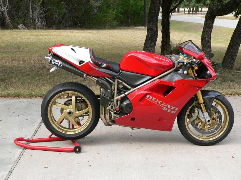 Tamiya Ducati 916 Ducati10