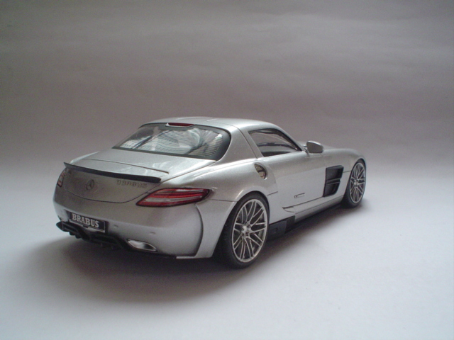 Mercedes SLS - Brabus Version Modeli10