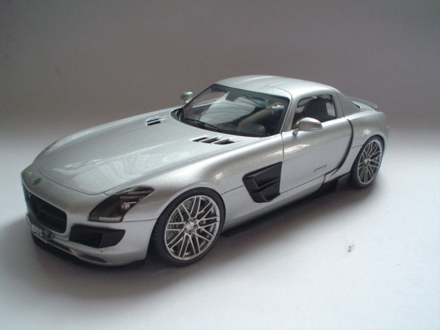 Mercedes SLS - Brabus Version Modeli12