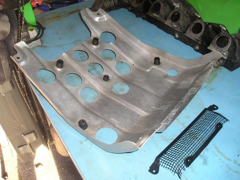 Refroidissement électrique cylindre arrière et de l'huile. - Page 2 P1010017