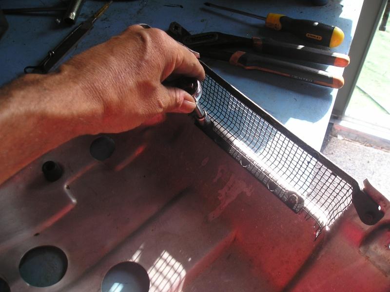 électrique - Refroidissement électrique cylindre arrière et de l'huile. - Page 2 P1010025