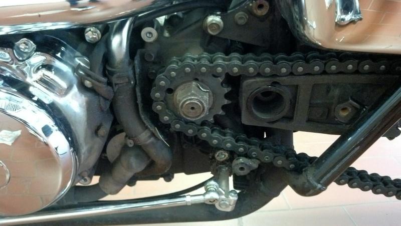 Installed 17T front sprocket ....... 2000 Suzuki Marauder VZ800Y   Img_2032