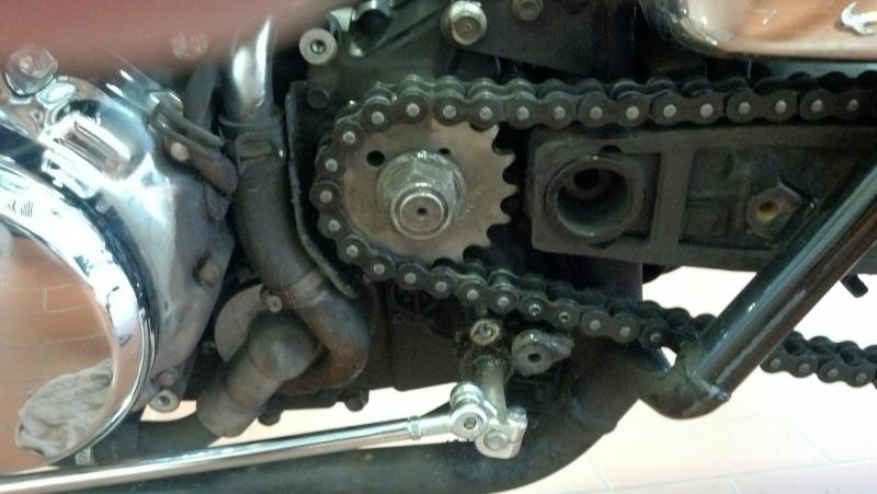 Installed 17T front sprocket ....... 2000 Suzuki Marauder VZ800Y   Img_2033