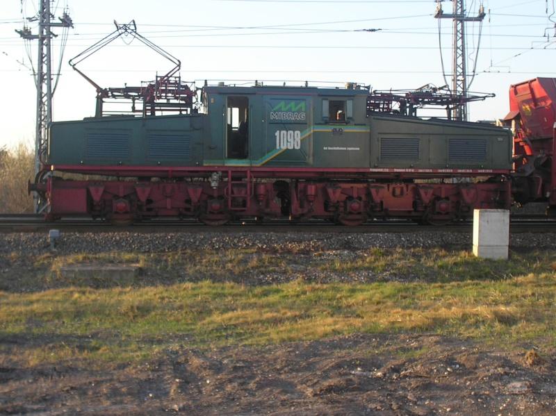 Tagebaulok in HO - aus Karton!  - und Vorbildfotos P4020017