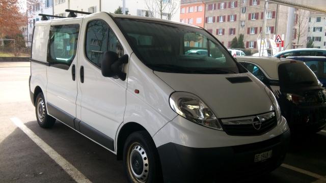 Opel Vivaro : barres de toit [VENDU] Vivaro10