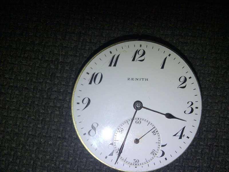 identification montre zenith Img-2013