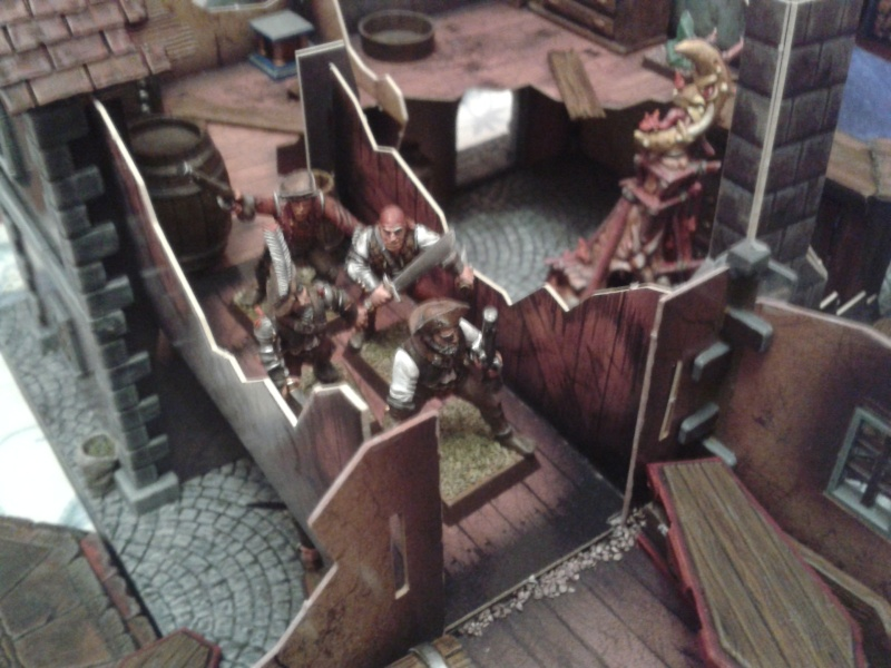 Waterfront Mordheim. battle is in full swing! 2013-026