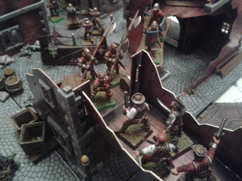 Waterfront Mordheim. battle is in full swing! 2013-027