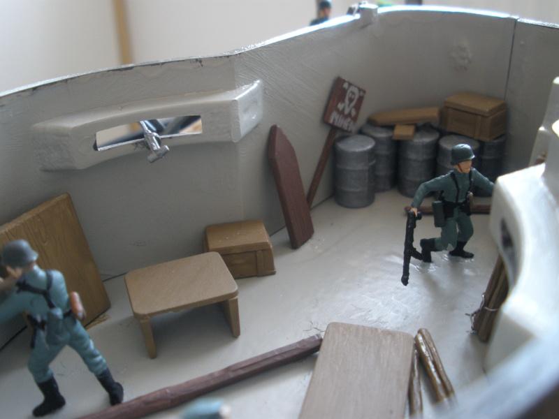 Diorama bunker allemand attaqué par des paras' américains P6140223